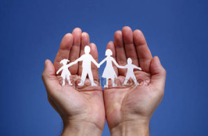 depositphotos_24529055-stock-photo-paper-chain-family-protected-in
